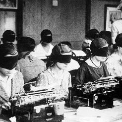 1940s-1950s: Blindfold typing competition, Paris